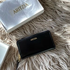 Aritzia black zippered wallet New in box